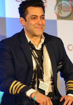 At Last Something for Himself : Salman Khan Buys an Apartment in Dubai | Salman Kingdom