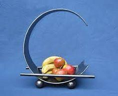 contemporary sculpture fruit bowl in modern design by Paul Margetts Modern Fruit Bowl, Iron Bowl, Fruit Storage, Mediterranean Kitchen, Best Pocket Knife, Forging Metal, Contemporary Sculpture, Welding Art, Forged Steel
