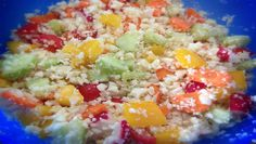 Lust auf Paleo Reissalat? Wie gut dass es ✿Blumenkohl✿ gibt. Einfach klein schneiden und mit buntem Gemüse mischen - fertig. Schnell gemacht und lecker!