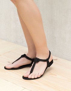 Knot flat sandals - Sandals Shoes - Ideas of Sandals Shoes - Knot flat sandals Shoes Bershka Ukraine