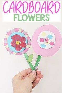 Fun spring crafting art activity for kids to do using cardboard! Create a beautiful bouquet of cardboard flowers!
