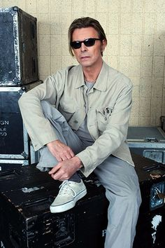 David Bowie's Life in Pictures | October 2001 | EW.com Photographed here at The Concert for New York City following 9/11, Bowie spent much of the year working on his Heathen album, and recording tracks intended for an album that never saw an official release. Image Credit: Kevin Mazur/WireImage