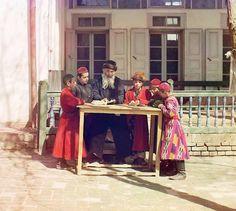 Sergei Mikhailovich Prokudin-Gorskii, Jewish Children with their Teacher, Samarkand, Russia, 1910-1915. Source- Sergei Mikhailovich Prokudin-Gorskii Collection (Library of Congress)