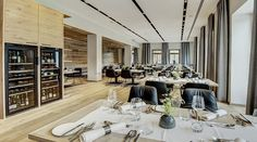 The Seehotel Bellevue offers luxurious relaxation right on the shores of Lake Zell in Traditionshaus. With wellness area and top restaurant Zell Am See, Lounge, Top Restaurants, Hotel Offers, Table Settings, Relax, Construction, The Incredibles, Traditional
