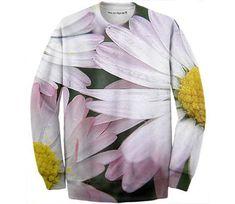 Fancy daisies  #ad #paom #fashiondesign #clothing #clothingdesign #fotosbykarin Color Profile, Shoulder Sleeve, Daisies, Crew Neck Sweatshirt, Raincoat, Fancy, Sweatshirts, Sleeves, Clothing