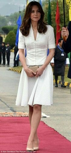 The Duchess recycling the Alexander McQueen skirt and top she had first wore at the Asia Tour in 2012