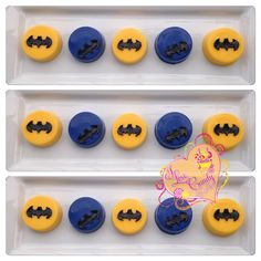 Batman oreos #candybyluci #batman #batmanoreos #batmanpartyideas #candytable #desserttable www.candybyluci.wix.com/candyapple