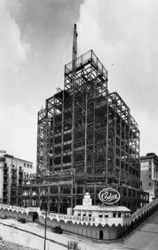 The Southern California Edison Building under construction at 5th and Grand, 1930.