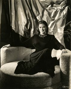Ingrid Bergman 1946 photo by Ernest A. Bachrach