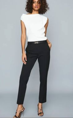 Casual Work Outfits, Business Casual Outfits, Professional Outfits, Work Attire, Office Outfits, Mode Outfits, Stylish Outfits, Fashion Outfits, Black And White Outfit
