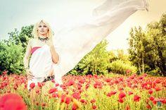 #halle #harz #thale #göttingen #shooting #model #girl #woman #frau #portrait #creative #color #poppy #poppyfield #field      #blond #longhair #german #liebefotos www.schmidt-fam.de l(i)ebe.fotos