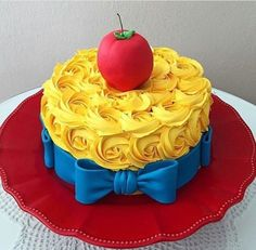 Snow white cake Blanca Nieves                                                                                                                                                                                 More