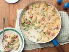 This looks like comfort food at it's best. Cheesy Gnocchi Casserole with Ham and Peas Recipe from Food Network. Seems like you could make this with holiday left-overs too. Pea Recipes, Dinner Recipes, Cooking Recipes, Endive Recipes, Radish Recipes, Cooking Games, Cooking Ribs, Food Network Uk, Food Network Recipes