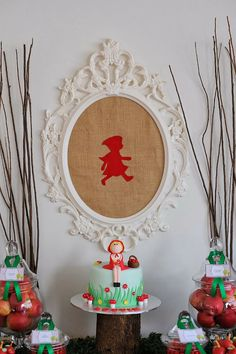 Little Big Company | The Blog: Super gorgeous Little Red Riding Hood party by Lottie and Me