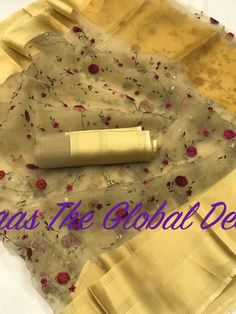 Shop Organza Silk Sarees Online with the best price.Flaunt latest styled cuts and Give yourself the stylish look with these Indian Dresses Wedding & Party. Trendy Sarees, Stylish Sarees, Fancy Sarees, Indian Dresses, Indian Outfits, Pakistani Dresses, Indian Clothes, Jute, Embroidery Saree