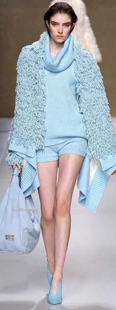 Blumarine 2013-14 Fall Winter - There are concepts here that I love. Everything together though is a hot mess. lol