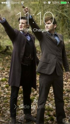 Forgot I changed my wallpaper, and I happened to check the time...