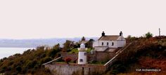 Dinky little lighthouse along the south Wexford coast, Ireland pic.twitter.com/wcOdaUBc5j