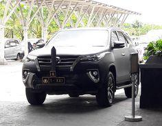 Toyota Fortuner (AN160) #Toyota #ToyotaFortuner #AN160 #Cars #Autos #Vehicle #Indonesiacars #Instalike #Instaauto #Instacars #Instamoment #CarofIndonesia #CarInstagram #Carstagram #Cargram #Carporn #Caroftheday #Carspotter #Carspotting #Spotoftheday #Photooftheday #Motortrend #Cars_007 #ToyotaID #Mataram #Indonesia  Photo: Hendra Satria Wasisthawan Take By: Samsung Galaxy A3 (2016) Date: 14 April 2017 http://unirazzi.com/ipost/1492577783489251236/?code=BS2s5YIhEek