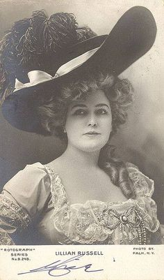 Lillian Russell, plus size beauty in the late 1800's