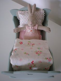 Maileg Micro Bunny - say night night Maileg Bunny, Homemade Baby Toys, Little Girl Toys, Enchanted Doll, Traditional Toys, Doll Beds, Vintage Nursery, Tiny Dolls, Kids Room Design