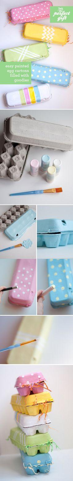 Gran idea para poner los huevitos de pascua, usando las cajas de empaque original de lo huevos.