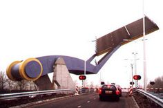 Unusual Bridge...  Slauerhoffbrug: Leeuwarden, Netherlands(Photo: VAN DRIEL MECHATRONICA)