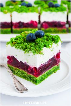 Ciasto leśny mech z malinami - I Love Bake Easter Dishes, Mini Cakes, Tart, Bakery, Cheesecake, Food And Drink, Healthy Eating, Sweets, Lunch