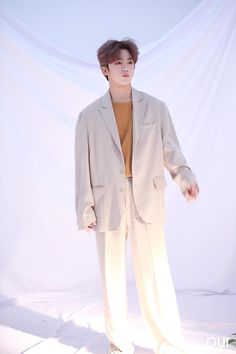 Korean Men, Suit Jacket, Normcore, Mens Fashion, Blazer, Boys, Kpop, Produce 101, Kimchi