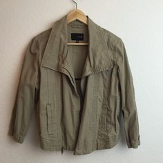 Hurley :: cropped khaki moto jacket Hurley :: cropped khaki moto jacket  No flaws, great condition, 3/4 sleeves, unlined  🚫HOLDS // PAYPAL // TRADES  Bundles always discounted Hurley Jackets & Coats Utility Jackets