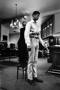 1967: Lew Alcindor (Kareem Abdul-Jabbar) - retired American Basketball player. S)