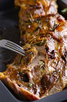 Spécialité de Pâques au Restaurant Le Saint-Hubert de Briare : Gigot d'agneau