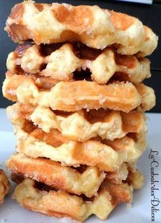 Gaufres liégeoises de Philippe Conticini - The Best Breakfast and Brunch Spots in the Twin Cities - Mpls. Waffle Recipes, Brunch Recipes, Sweet Recipes, Dessert Recipes, Cooking Chef, Easy Cooking, Crepes, Italian Snacks, Flatbread Recipes