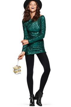 Dazzle your way through the holidays in this sparkly green dress! Shop H&M for the perfect gifts for yourself and your loved ones.