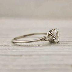 Exquisite Vintage Wedding Ring.