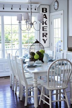 This DIY kitchen makeover is stunning! She took this very nice white kitchen to…