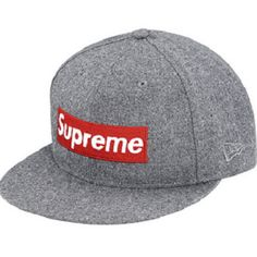 The classic Supreme logo now in its Box Wool fitted hat!  Perfect on your outfit! #supreme #wool #hat #streetwear #gray Take one of these now!
