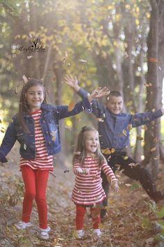 Fall photo ideas, kids fall photos, fall photography, kids portraits, kids with fall leaves, natural light photography, family photography ideas, www.lezleyalbaphotography.zenfolio.com