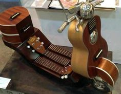 Guitar scooter