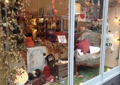 Autumn window at Glosters 2014