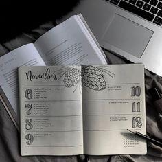 Horizontal Weekly Planner for the #bulletjournal by #cardigansandchamomile