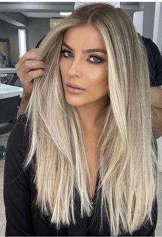 Dyed Blonde Hair, Blonde Hair Looks, Brown Blonde Hair, Blonde Hair Highlights, Hair Creations, Light Hair, Mi Long, Gorgeous Hair, Pretty Hairstyles