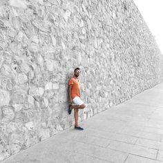 Photo Shooting Good Night  🇪🇸📱🌲☀️🌳🌤🚶🏻👬 #view #photographer @tore_milano #valencia #ciudad #walking #photoafternoon #location #ciudaddelasartesylasciencias #effectblackandwhite #color #like #shootingvalencia #travelvalencia #wall #outfit @primark @pullandbear @santoniofficial #sunglasses @dior @igersvalencia #silence @insta__valencia #socialnetwork #pinterest #instagram #tumblr #twitter #followme #likeforfollow #mybloglifestyle