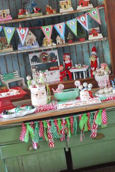 ELF PARTY  (dessert table)  Know other kids with elves?  -Invite them & their elf for ...a sweet party!