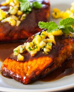 This 16 minute recipe will get you addiction for Asian dishes satisfied. And what I love about this pineapple Teriyaki sauce is that it goes withn everything not just salmon. Click the link to see the recipe: Salmon Salmon Dishes, Fish Dishes, Seafood Dishes, Fish And Seafood, Main Dishes, Salmon Recipes, Fish Recipes, Seafood Recipes, Asian Recipes