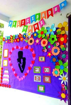 Periódico mural del mes de mayo. Día de las madres Board Decoration, Class Decoration, School Decorations, Diy And Crafts, Crafts For Kids, Arts And Crafts, Paper Crafts, Art N Craft, Mom Day