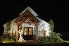 Yarra Valley: Wedding package for 60 guests incl. pre-dinner drinks & canapes, 3 course meal, drinks package, bridal suite & more. Luxury Wedding, Destination Wedding, Dream Wedding, Wedding Night, Wedding Pics, Wedding Ideas, Photography Photos, Wedding Photography, Blinds Online