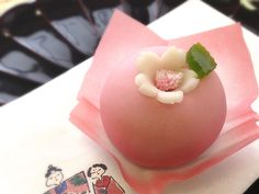 Japanese wagasi Sweets of March- the flower of peach