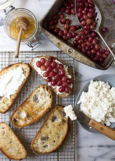24 Ways to Doll Up Your Toast via Brit + Co