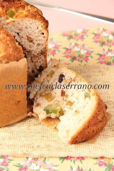 PANETONE SEM GLÚTEN E SEM LACTOSE - www.chefcarlaserrano.com - COPYRIGHT / DIREITO AUTORAL PROTEGIDO Sin Gluten, No Gluten Diet, Foods With Gluten, Gluten Free Cakes, Gluten Free Desserts, Sweets Recipes, Dairy Free Recipes, Sem Lactose, Lactose Free
